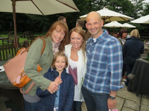 Jane (m best buddy from ballet school... since we were 3 years old!), Milly, Simon and Me